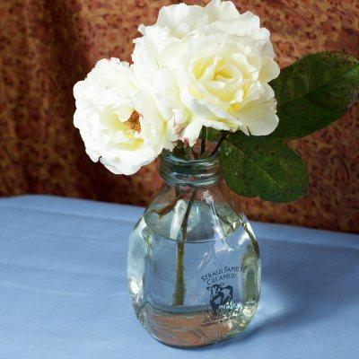 White roses - photo